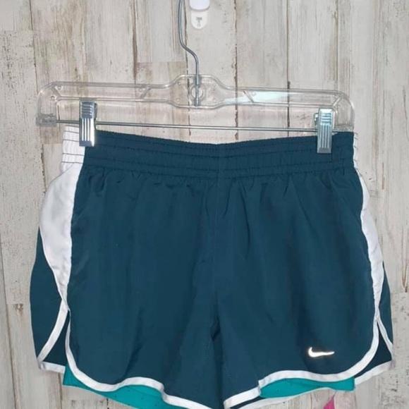 💋💋NIKE double layered dri fit running shorts